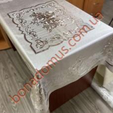 8129 B Скатерти на тканной основе шелкография  золото/серебро 1,20*1,50м 10шт