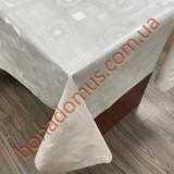 8203 Клейонка ПВХ на тканинній основі однотонна карбована 1,40*20м