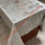 8813 B Клейонка ПВХ на тканинній основі шовкографія золото/срібло 1,40*20м