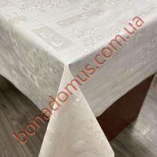 8237 Клейонка ПВХ на тканинній основі однотонна карбована 1,40*20м